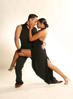 jazzy & amy salsa dancers